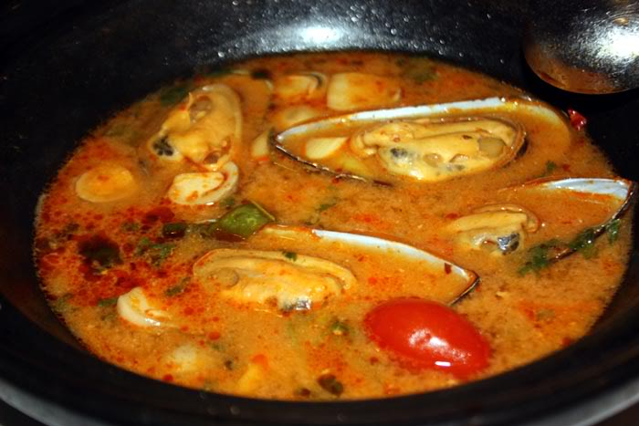 Mussels in Tom Yam Soup